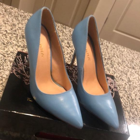Liliana Shoes   Powder Blue Pumps